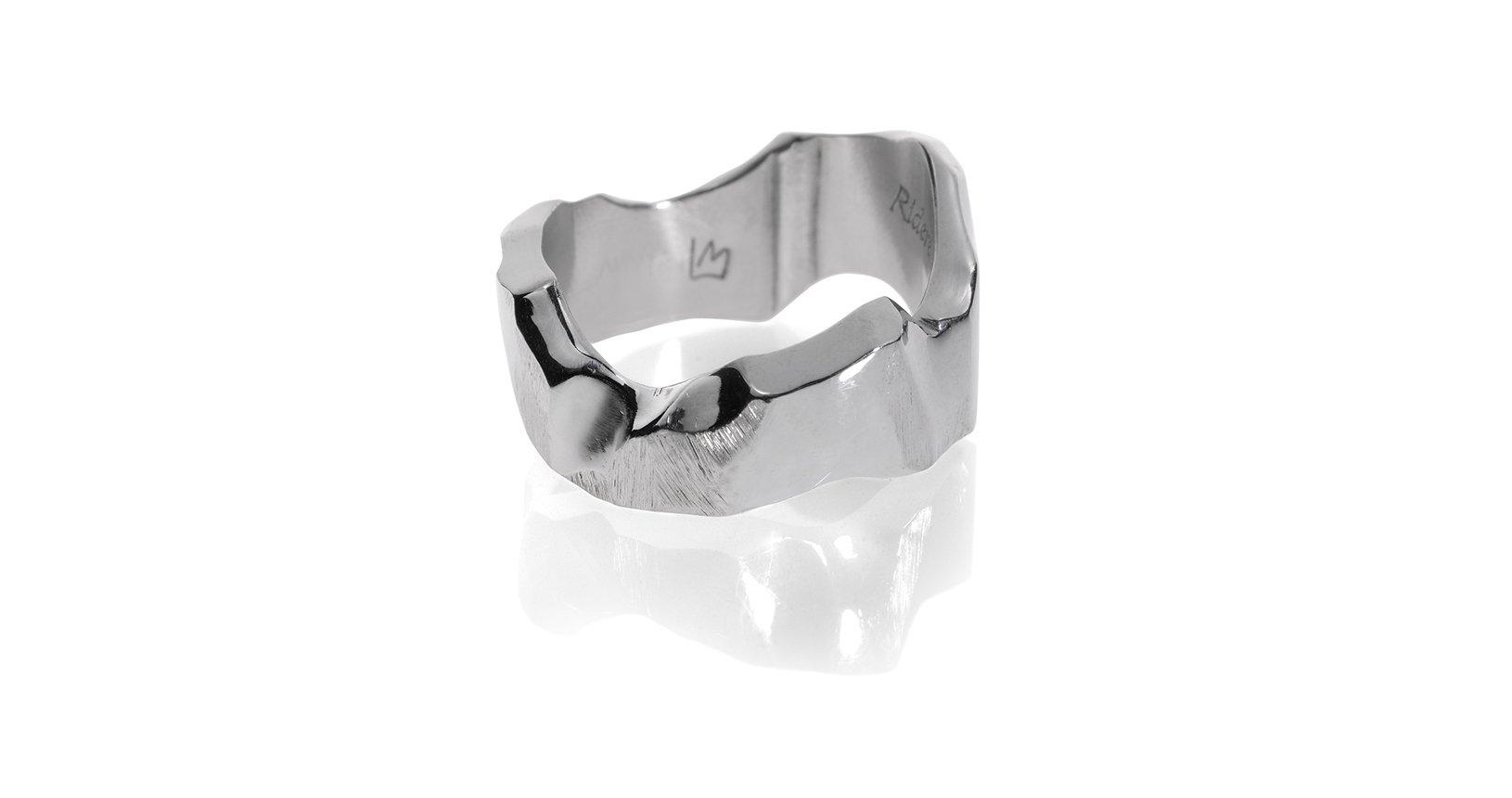 Stone-anello intitanio