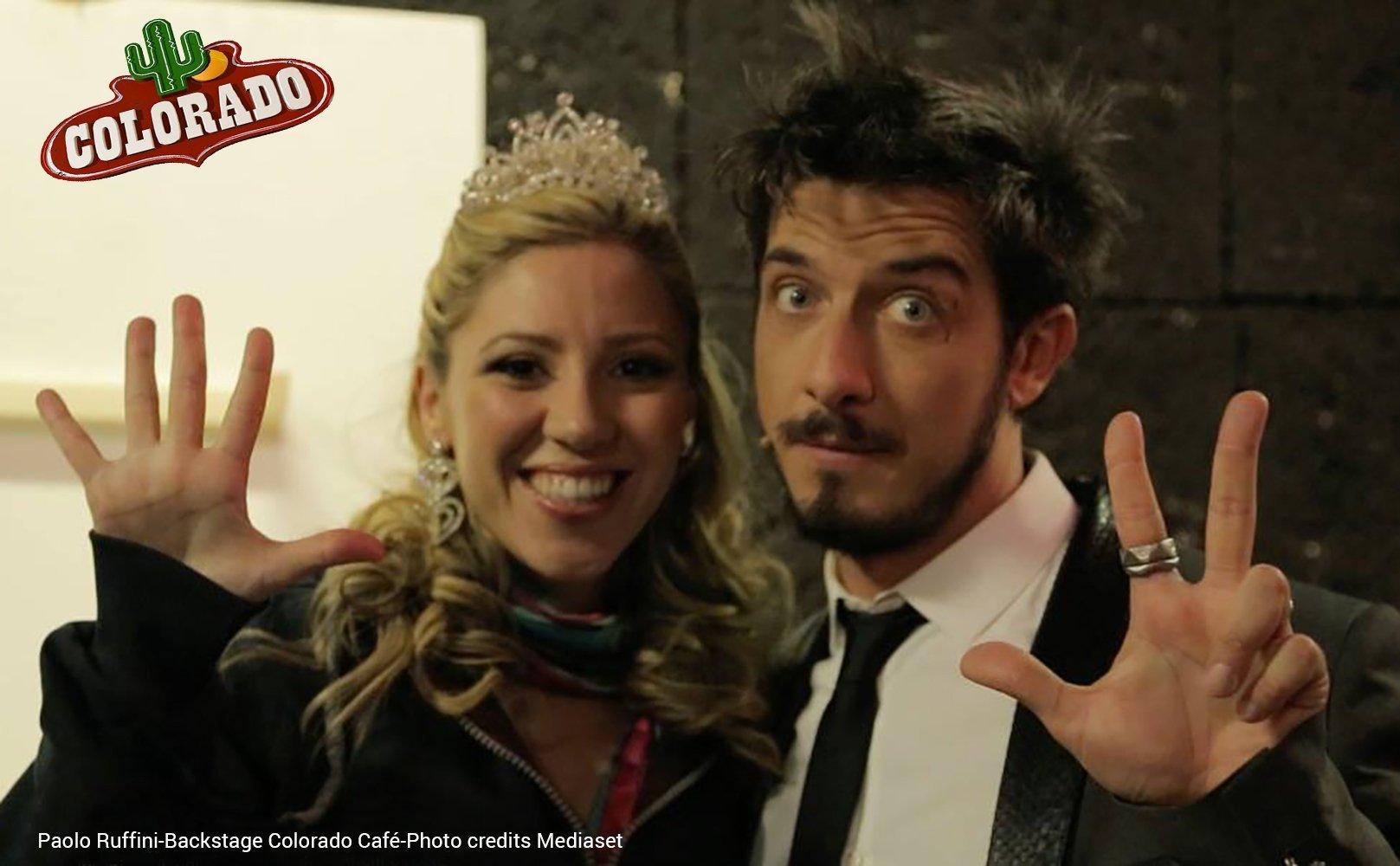 "Paolo Ruffini a ""Colorado Café"", Mediaset, indossa gli anelli Stone. Photo credits Mediaset"