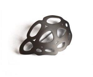 Spilla Bugs-crisalide in titanio