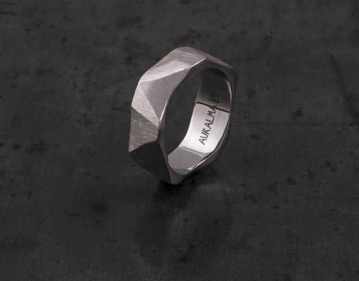 STONE Pentagon-anello scolpito in acciaio